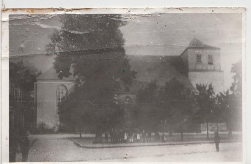 die Stadtkirche um1900