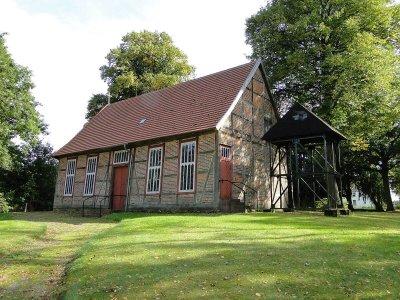 1200px-Neese_Kirche_2012-09-12_066
